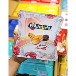 Bánh quy Julie's Assorted Biscuits Hộp Thiếc 450gr cả hộp - Date 01/02/2022