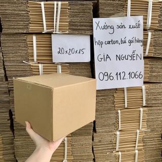 Hộp carton 3 lớp 20x20x15 dùng để đóng gói hàng hoá, mỹ phẩm, đèn để bàn,... - hộp đựng túi xách thời trang thumbnail
