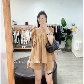 Bộ đồ nữ dạo phố tay bèo áo phồng quần ngắn chất liệu đũi - T423 thumbnail