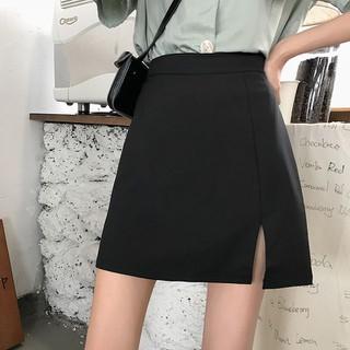 Chân váy chữ A ngắn xẻ trước màu đen bên trong có lót quần - Chan_Vay_ChuA_xe_truoc thumbnail