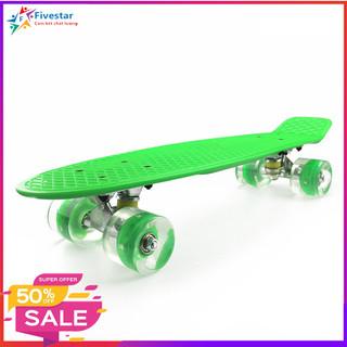 Ván trượt nhựa Skateboard bánh xe có đèn Led trục kim loại cao cấp cho bé (kích thước 56 x 10 x 13 cm) - Ván trượt trẻ em thumbnail