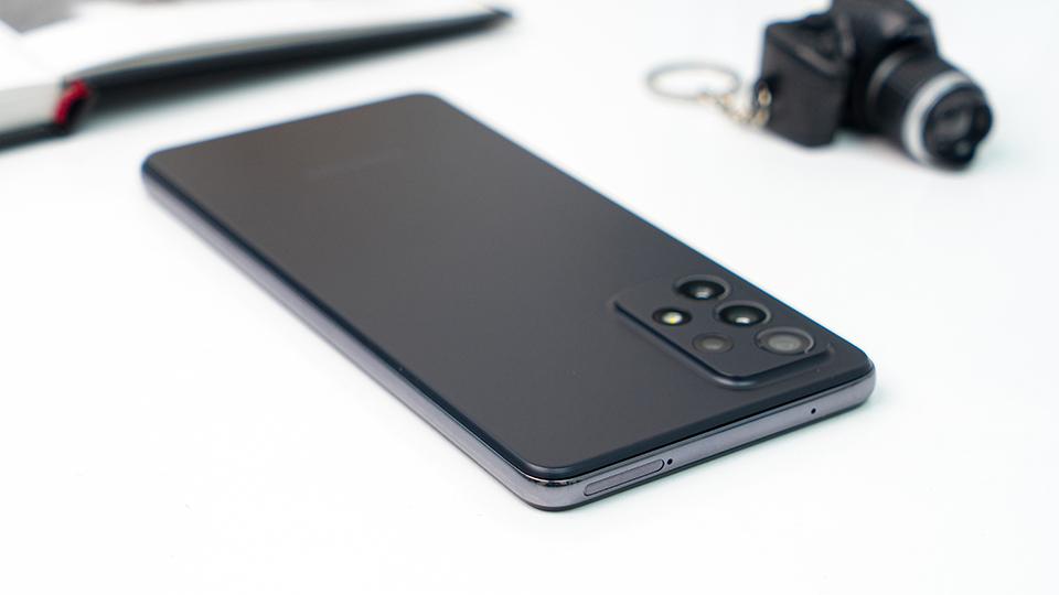 pin Samsung Galaxy A72