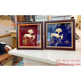 Tranh Hoa Sen Dát Vàng-Quà Tặng Đối Tác Nước Ngoài - THSDV thumbnail