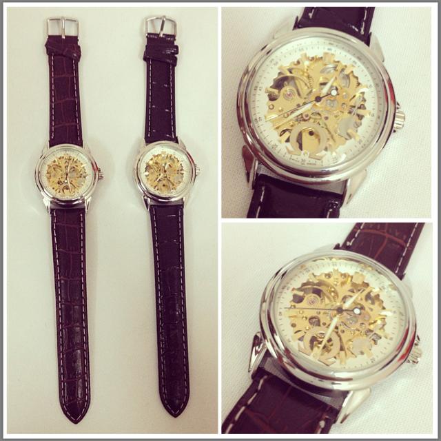 Đồng hồ Omega mặt sapphire, dây da 1