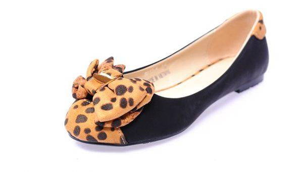 Hình ảnh Giày búp bê siêu êm không đau chân không rớt gót màu đen nơ cực xinh 4